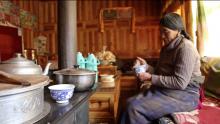 Tsampa making in Ngawa